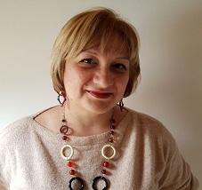 Dr. Iulia Constantinescu  Psihoterapeut